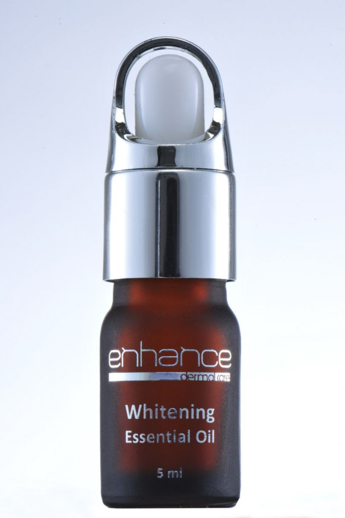 Enhance_whitening_essential_oil_DSC_1640